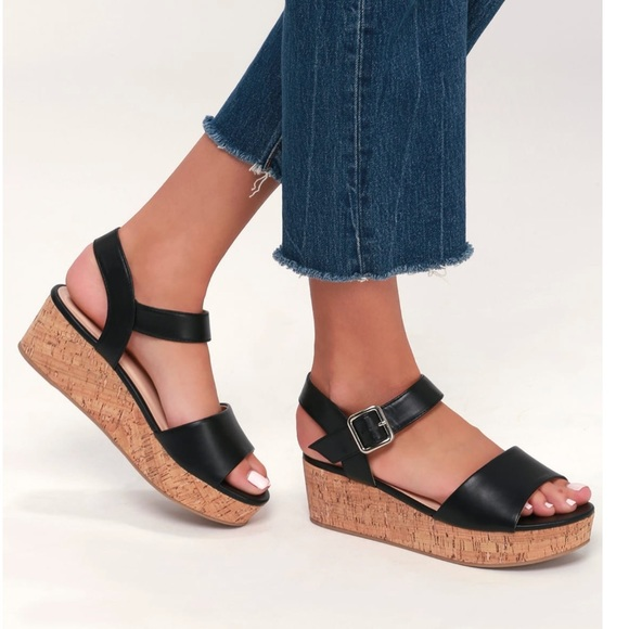 cc011552fc1f NWB LuLus Grecia Black Cork Wedge Sandals
